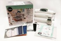 SIZZIX BIG SHOT FOLDAWAY + KIT